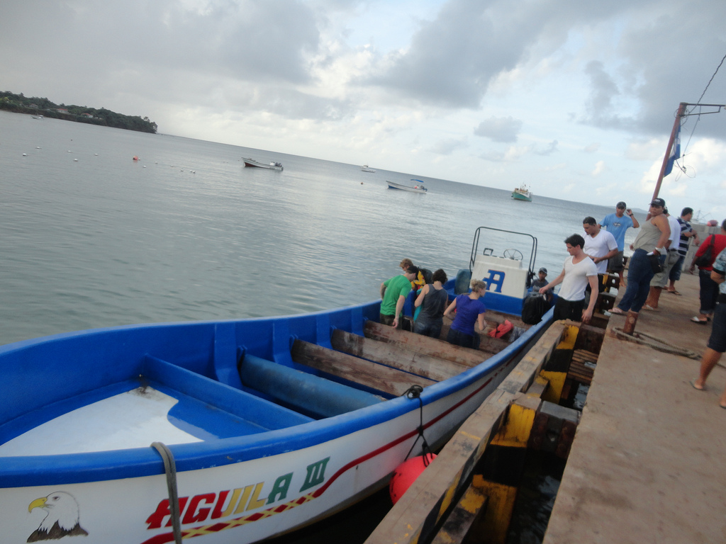 Speed boat taxi between Big and Little Corn Island