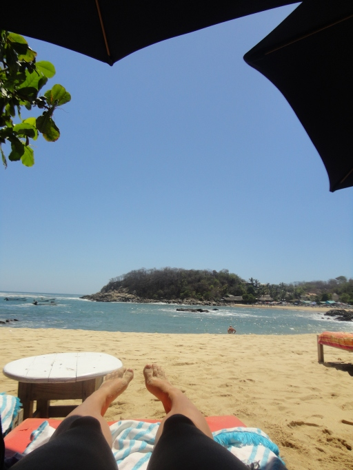 A day spent alone, by the sea. Puerto Escondido