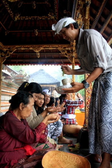Balinese religious pilgrims