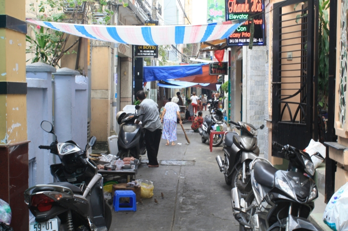 Saigon's alleyways