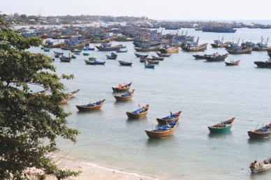 Boats afloat in Mui Ne fishing village