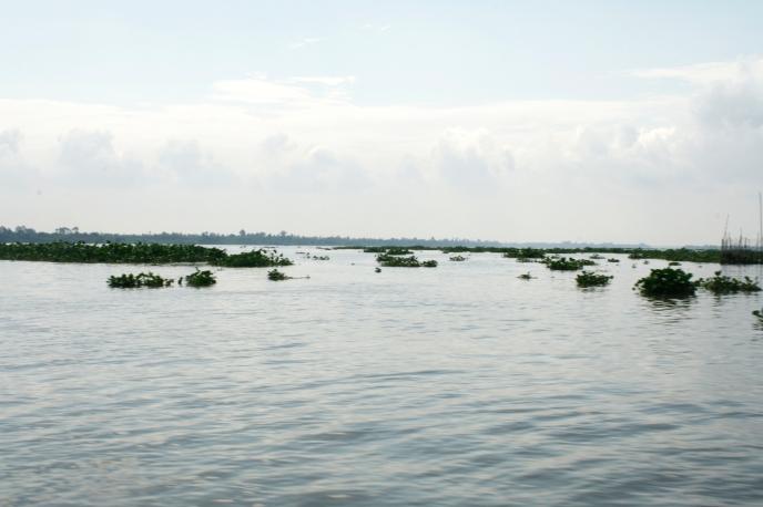 _Cruising down the Mekong