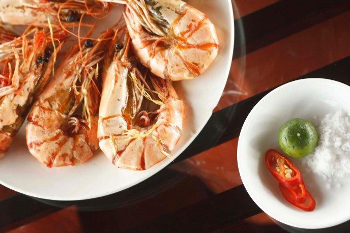 Fresh boiled prawns
