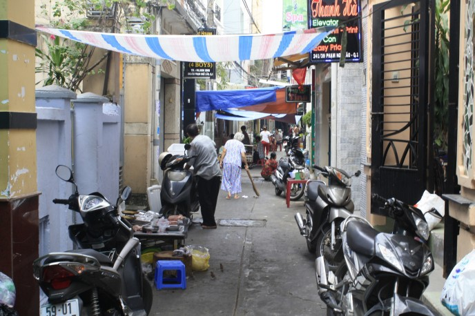 The mysterious alleyways of Ho Chi Minh City